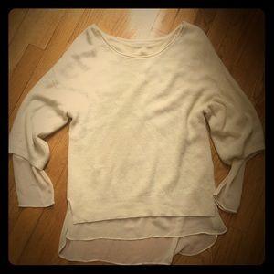 Jennifer Lopez medium sweater top